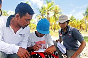 Pengambilan data Sosial ekonomi Nelayan (PRA) sebagai basis data Perencanaan Strategi Kampanye PAAP (3)